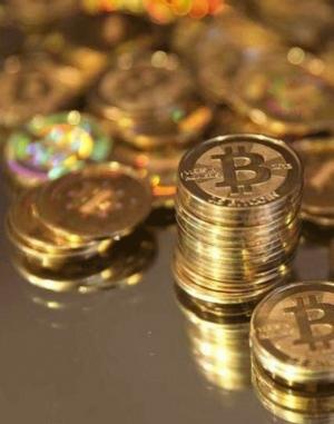 Sfârşitul sau evoluţia Bitcoin?  Monedele alternative prind interesul statelor